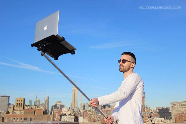 macbook-selfie-stick-