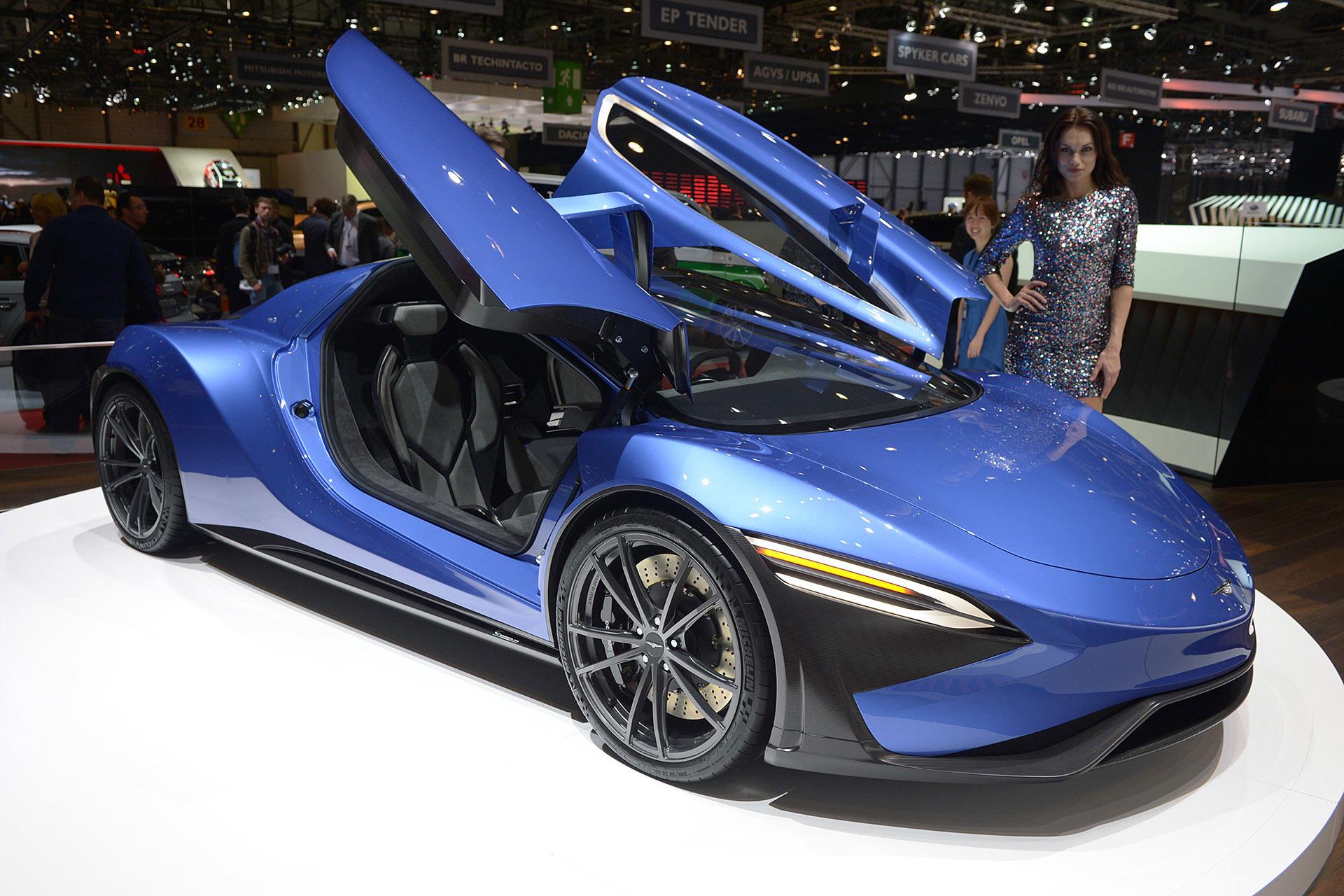 Chevrolet Reveals Their New Electric Car International Auto Show