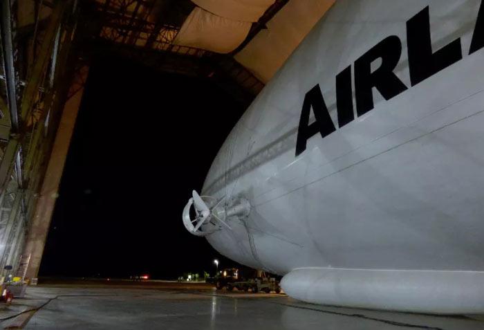 airplane-airlaner
